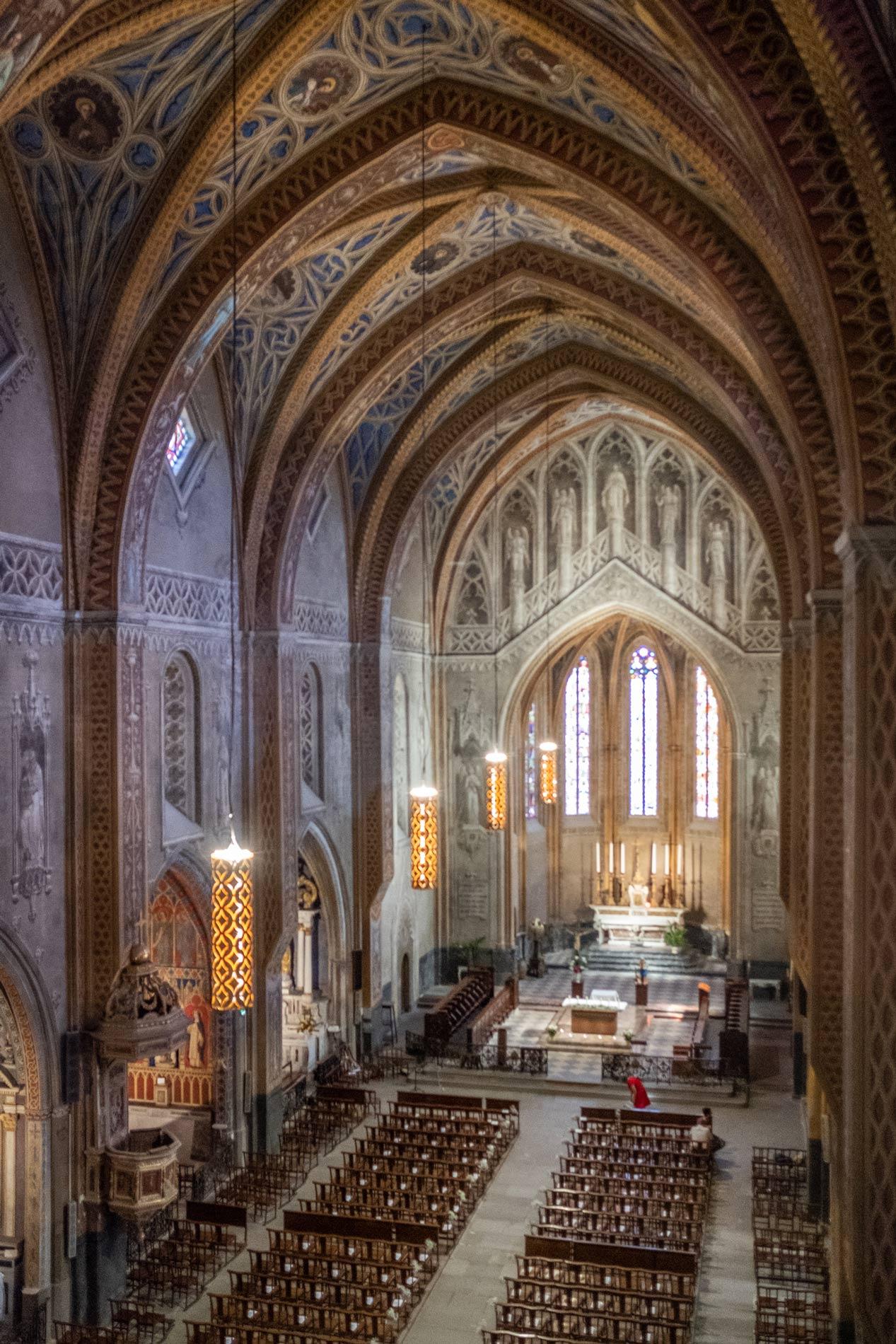 Eclairage intérieur de la Cathédrale Saint-Alain