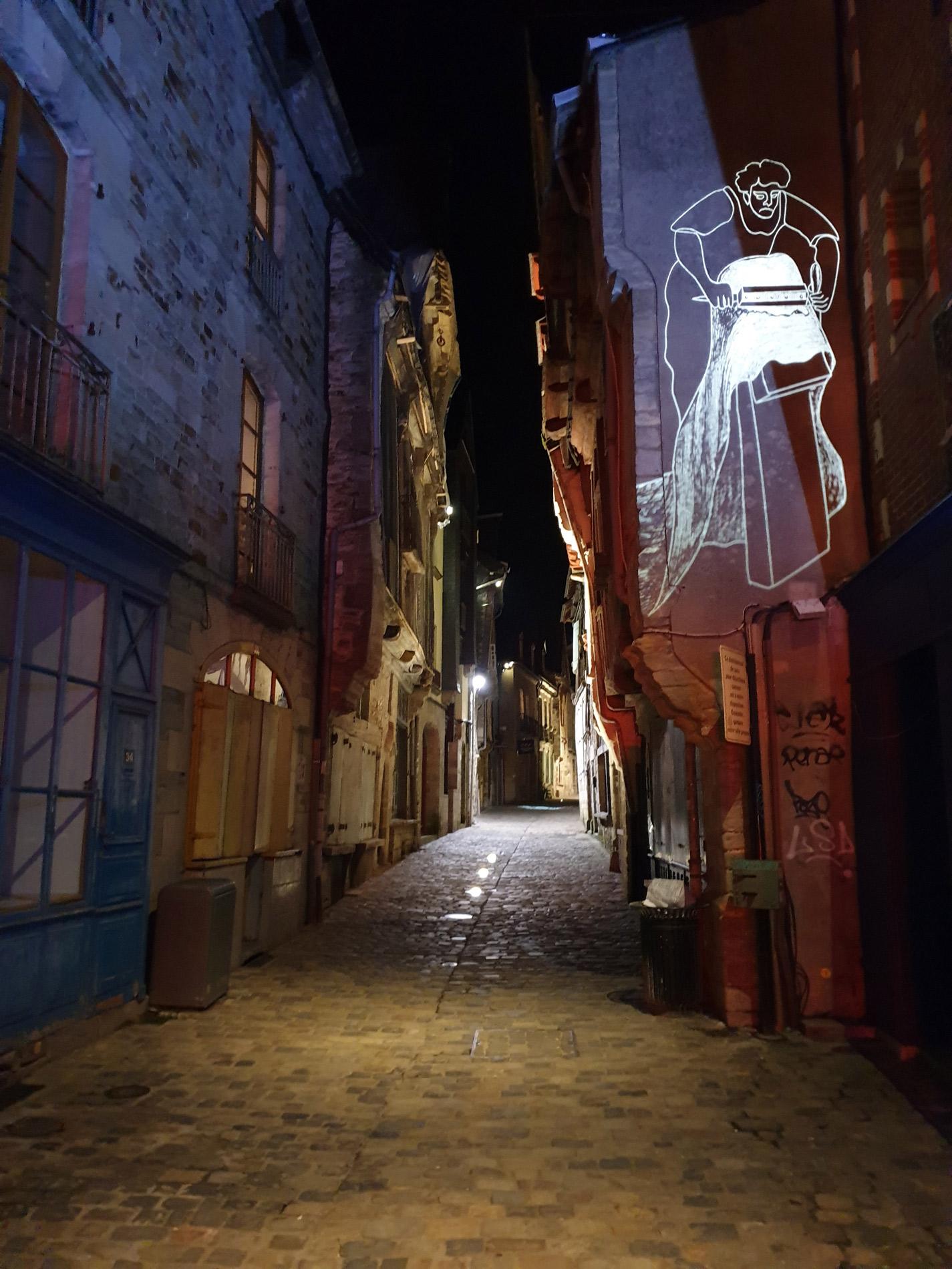 vitré rue avec projection image lumière