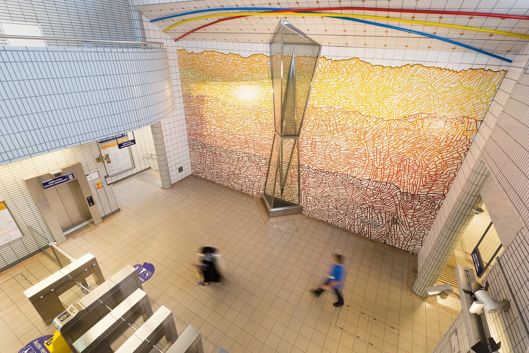 oeuvre d'art à la station Bellefontaine du métro de toulouse